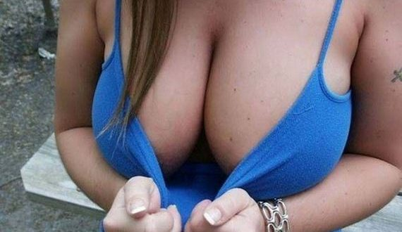 01-busty-girls-10-26