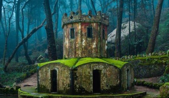 01-incredibly_beautiful_photos_of_abandoned_places