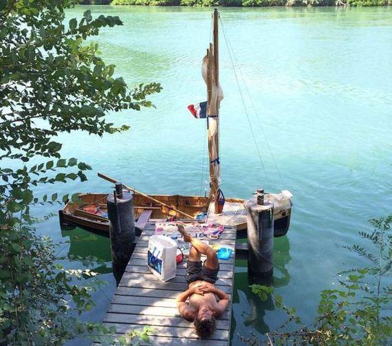 09-homemade_boat