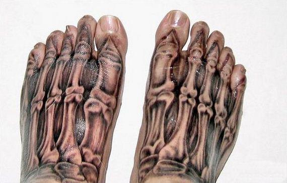 18-creepy-realistic-tattoos
