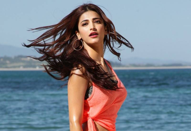 shruti-haasan-hot-and-sexy-photos