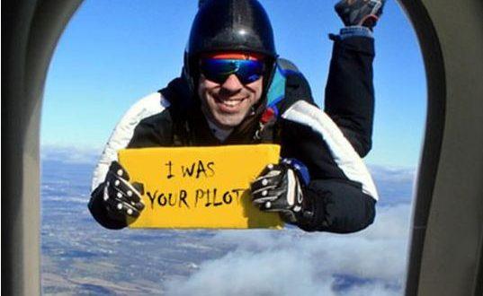 cool-parachuting-plane-window-pilot-sign0
