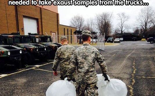 cool-soldier-carrying-bags-prank0
