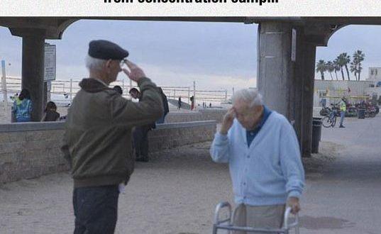 cool-survivor-soldier-old-reunited0