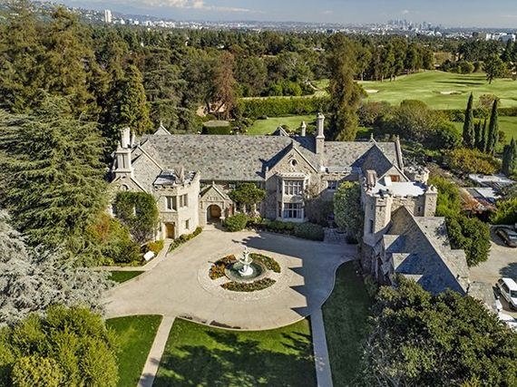 01-playboy-mansion-sold-to-billionaire-twinkies-chief