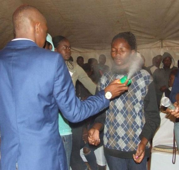 02-african_pastor
