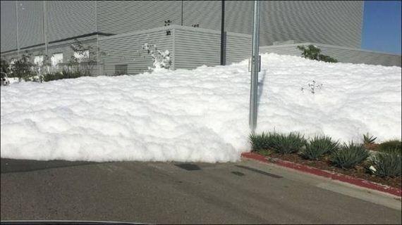 02-look_like_snow