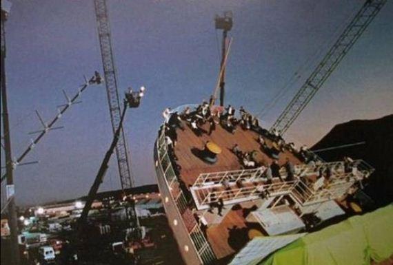 02-titanic