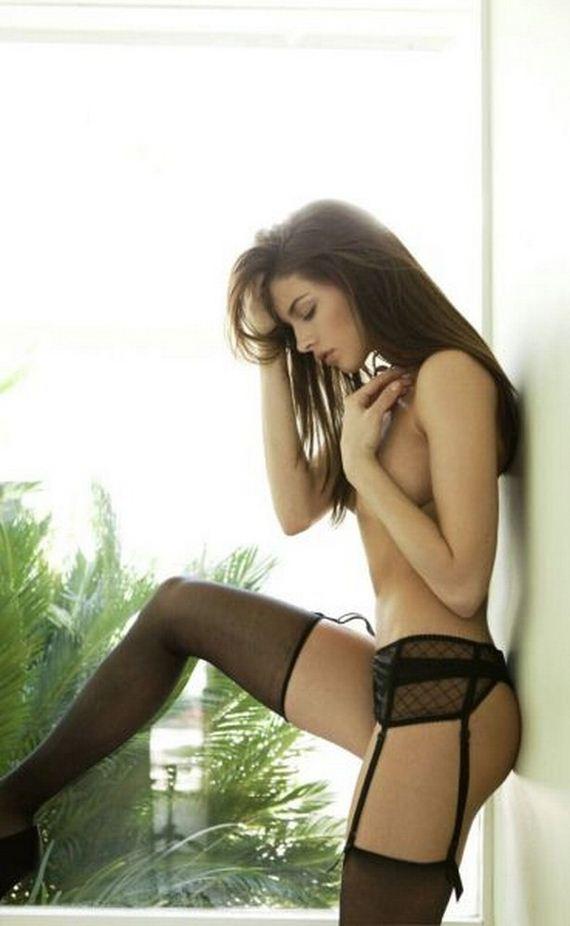 03-girls-in-lingerie