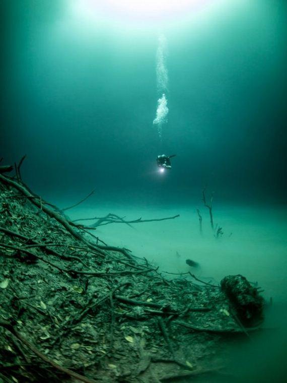03-underwater_lake