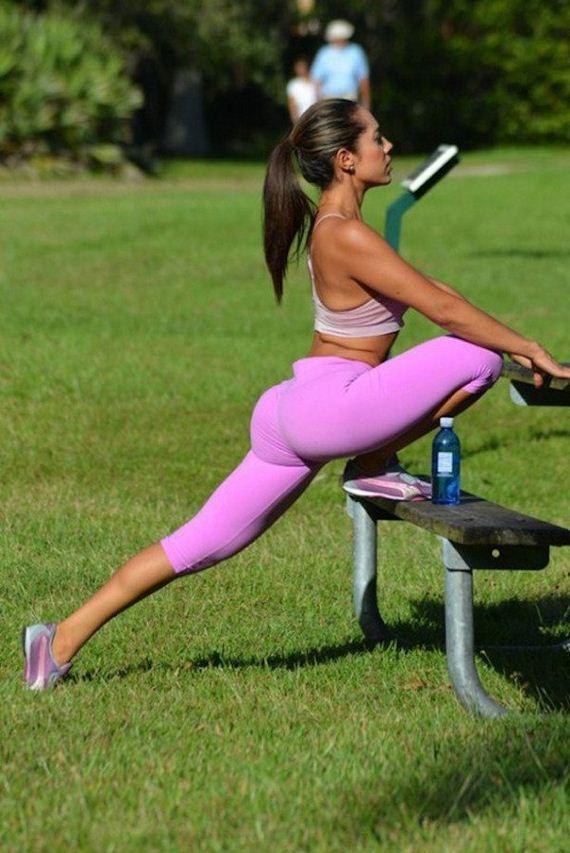 04-yoga-pants