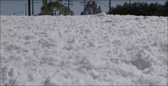 04-look_like_snow