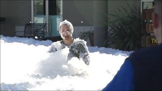 05-look_like_snow