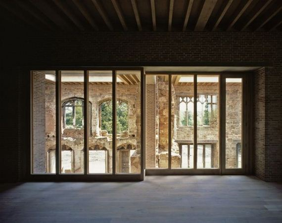 08-old_castle_in_the_modern_house