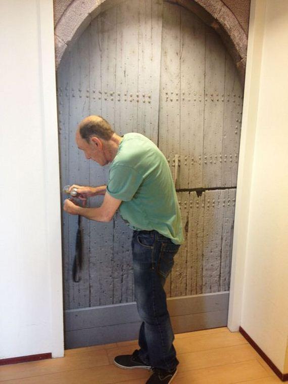 08-personalised_true_doors