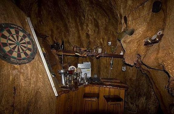 09-worlds-most-remote-bars-for-when-youre