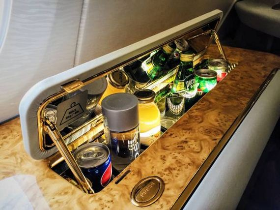 10-here_is_what_its_like_to_travel_first_class_on