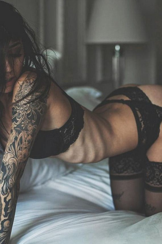 15-women-with-tattoos