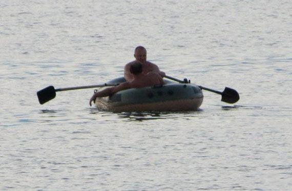 16-unusual_boats
