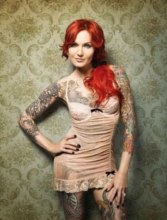 24-girls-with-tattoos