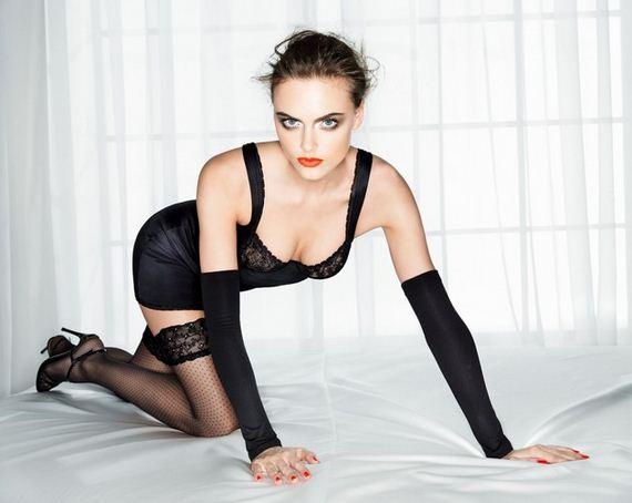 Zuzana Sexy 106