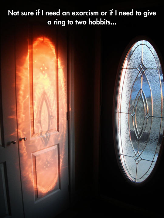 cool-light-window-effect-mordor