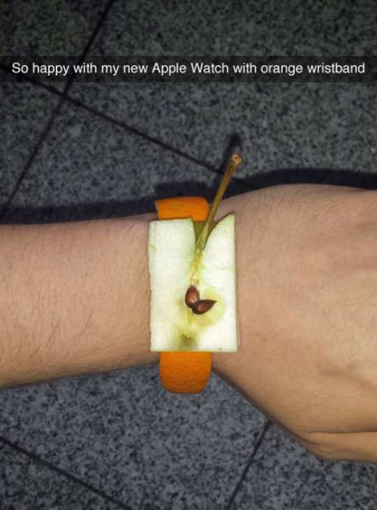 funny-apple-fruit-watch