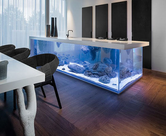 kitchen-island-aquarium