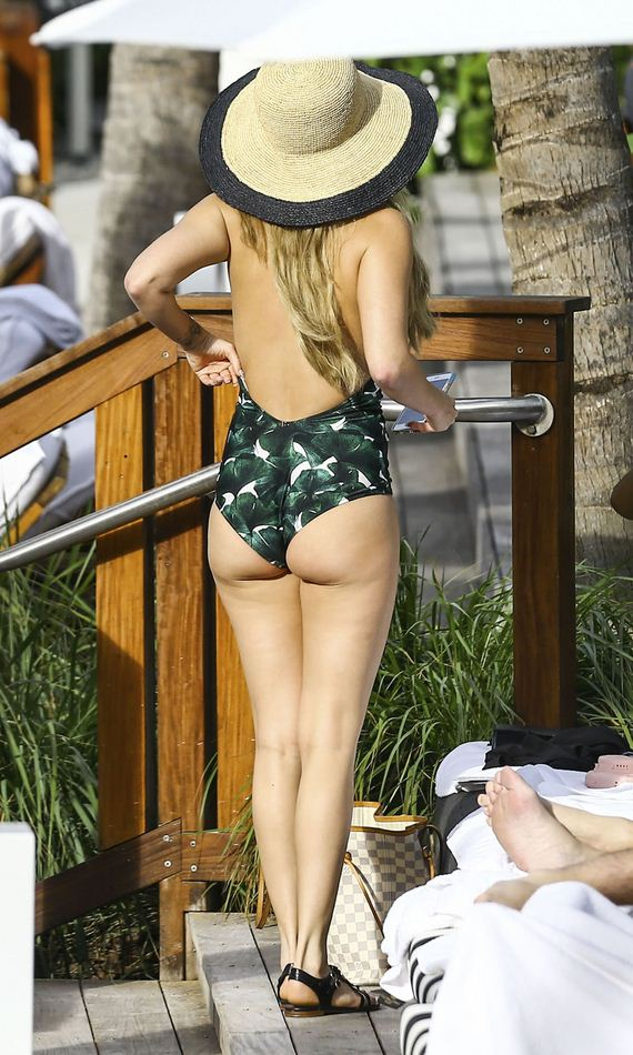 03-chanel-west-coast