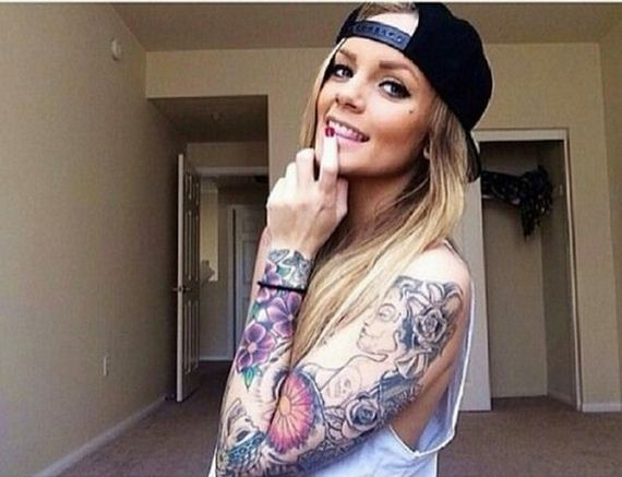 03-women-with-tattoos