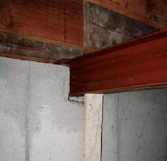 04-weird-house-repairs