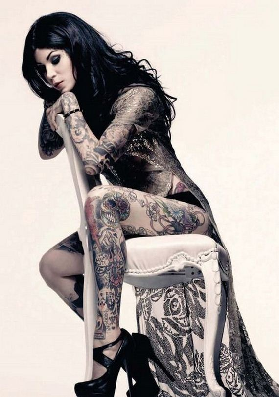 04-women-with-tattoos