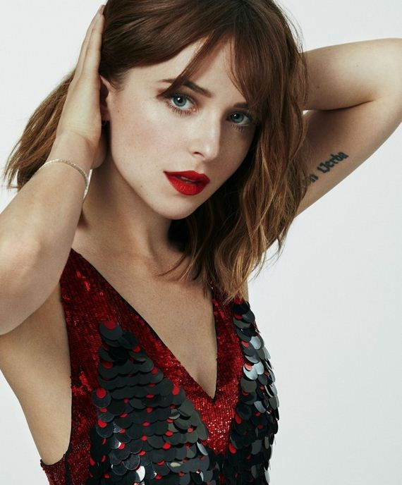 05-dakota-johnson