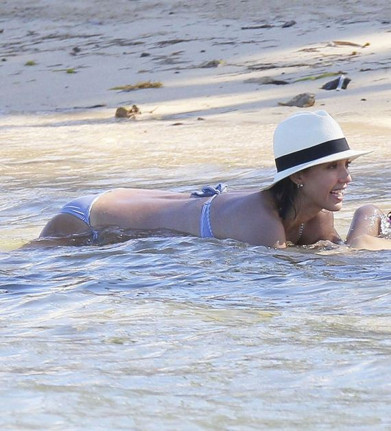 Jessica Alba Wins Everything With These Bikini Candids
