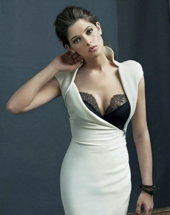 07-ashley-greene