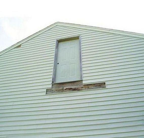 07-weird-house-repairs
