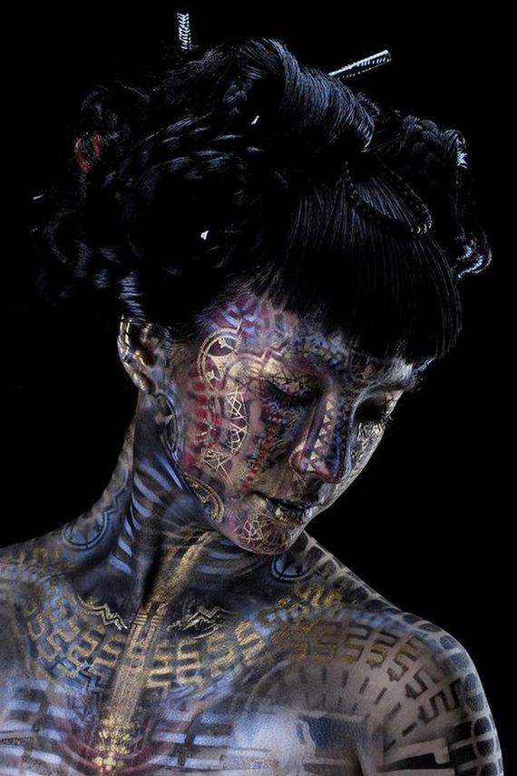 08-body-paint