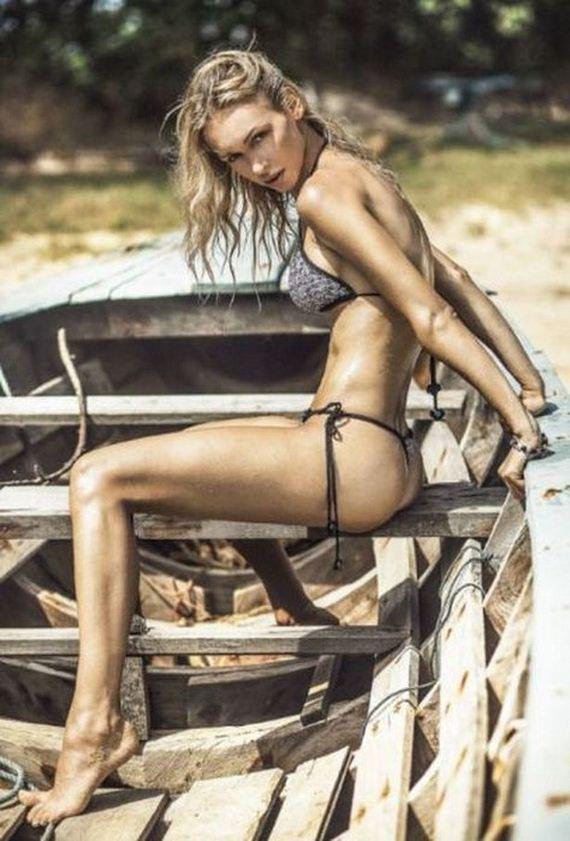 08-bikini-girls