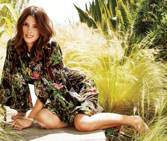 09-ashley-greene