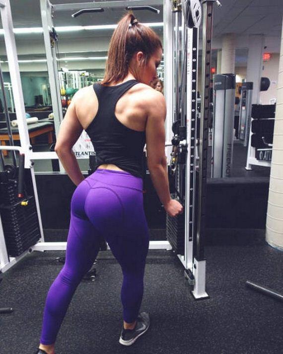 10-yoga-pants