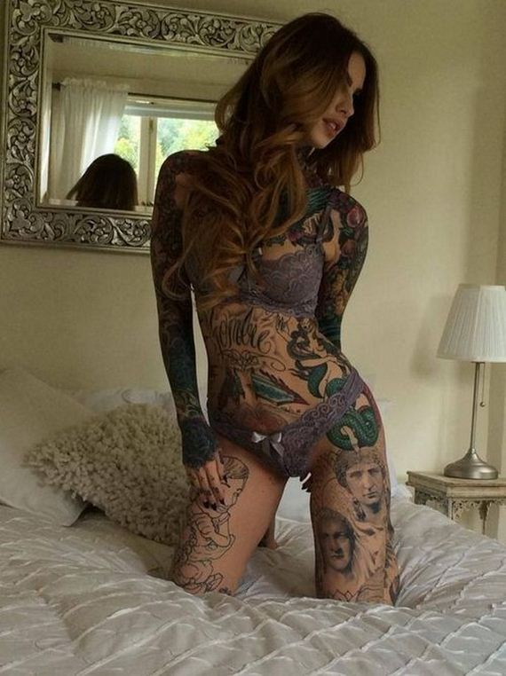 11-women-with-tattoos