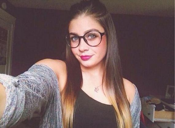 11-girls-with-glasses