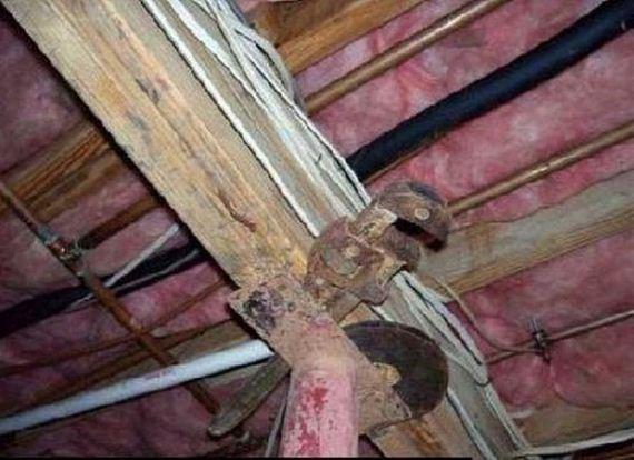 12-weird-house-repairs