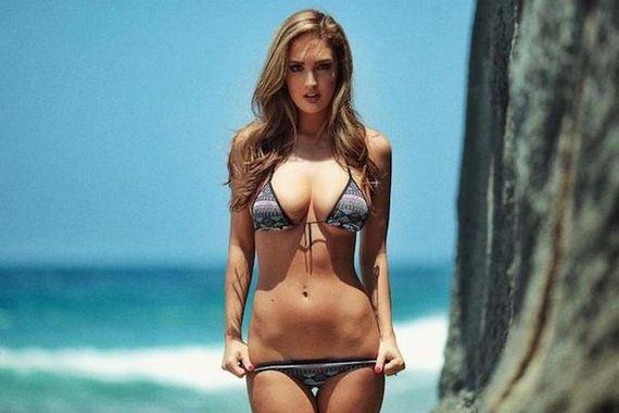 19-girls-in-bikinis