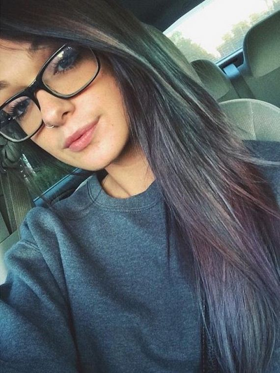 22-girls-with-glasses