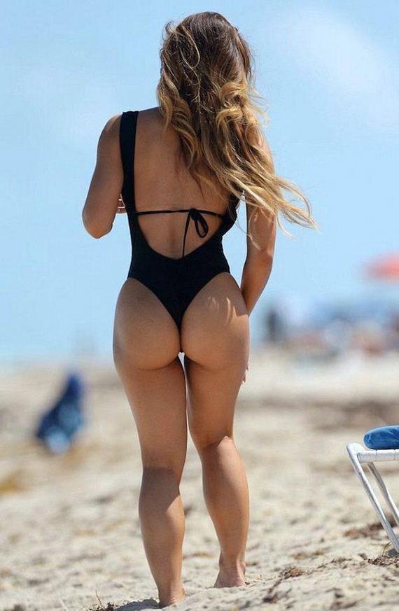24-bikini-girls
