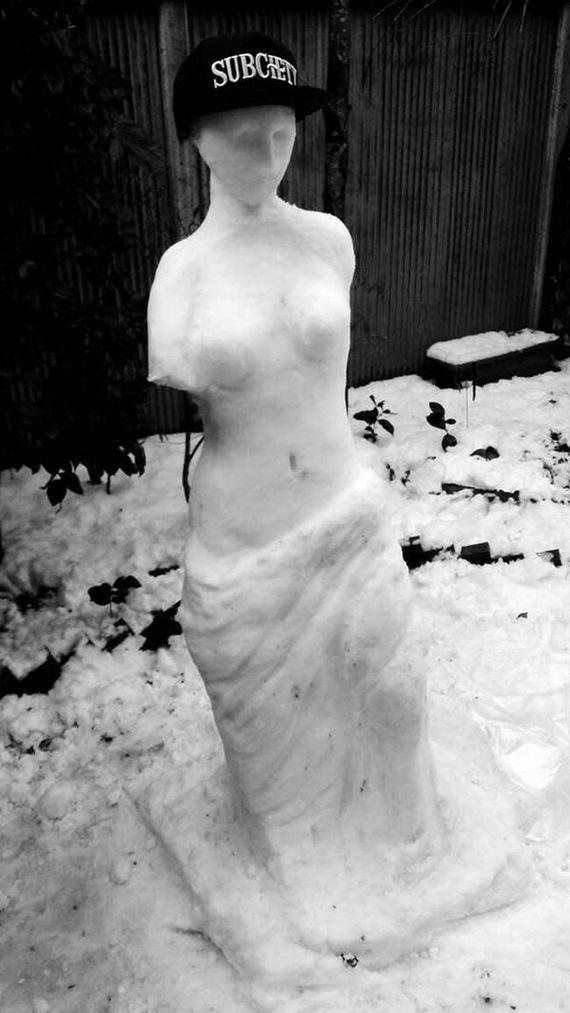 32-crazy_snowmen