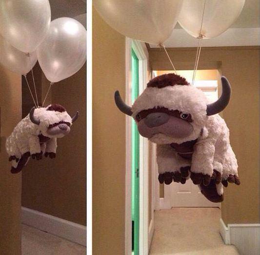 cool-balloons-stuffed-animal-flying