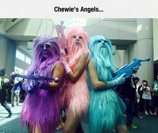 funny-chewie-angels-colorful-weapon-cosplay