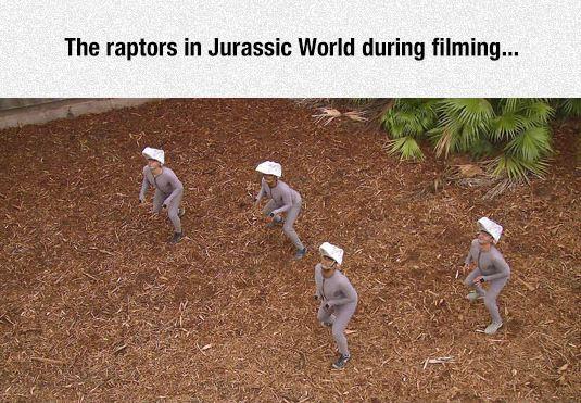 funny-jurassic-park-raptors-behind-scenes